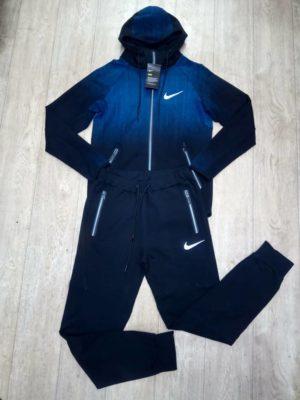 костюм Nike 300x400 - Спортивный мужской костюм Nike