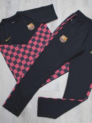 whatsapp image 2020 05 22 at 11.37.56 300x400 - Спортивный костюм Nike (Barcelona)